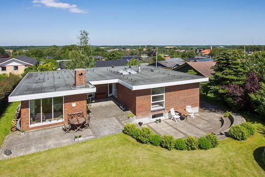Villa på Granvænget i Stoholm Jyll - Set fra haven