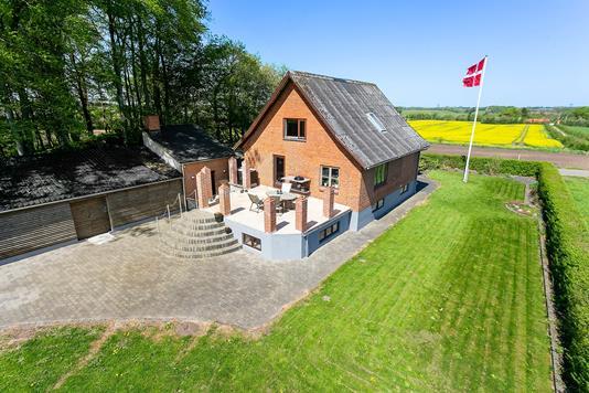 Villa på Gl. Skolevej i Stoholm Jyll - Ejendommen