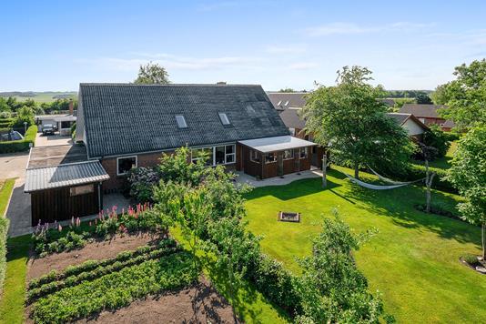 Villa på Åglimt i Skive - Ejendommen