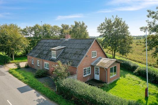 Villa på Iglsøvej i Stoholm Jyll - Set fra vejen