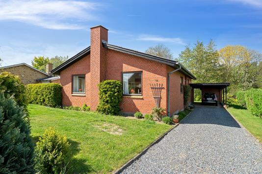 Villa på Toften i Stoholm Jyll - Set fra vejen