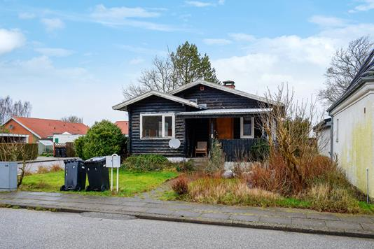 Villa på Anlægsgade i Stoholm Jyll - Ejendommen
