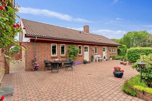 Villa på Bangsvej i Stoholm Jyll - Set fra vejen