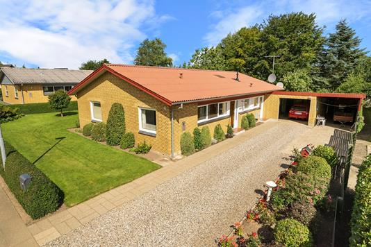 Villa på Bakkevej i Stoholm Jyll - Ejendommen