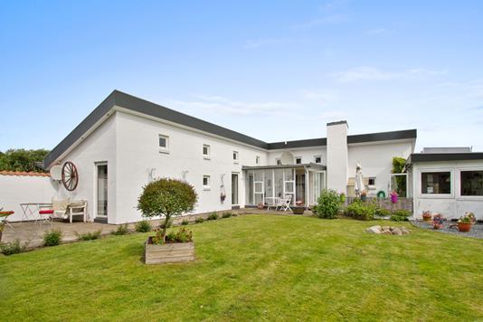 Villa på Brombærvej i Blokhus - Set fra haven