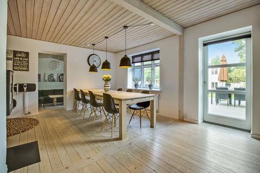 Villa på Hadsundvej i Gistrup - Spisestue