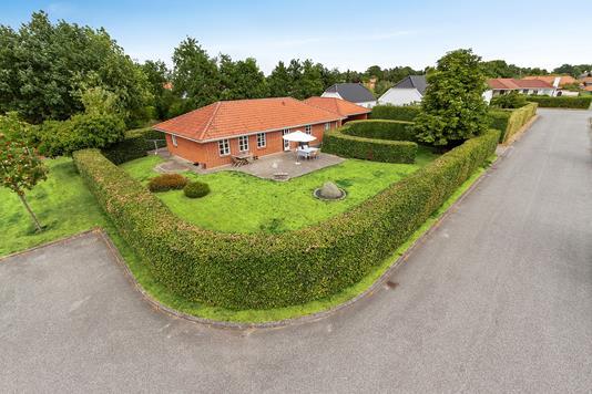 Villa på Kronen i Gistrup - Set fra vejen