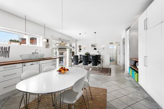 Villa på Vivaldisvej i Aalborg SV - Køkken