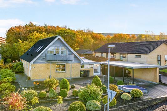 Villa på Mosebrinken i Aalborg SØ - Ejendommen
