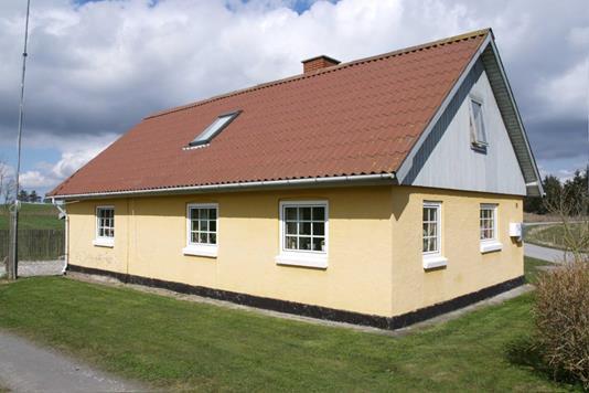 Villa på Rolighed i Tårs - Ejendommen