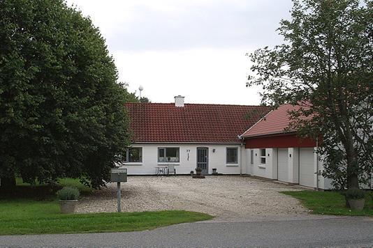 Landejendom på Åsmarkvej i Tårs - Ejendommen
