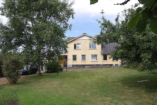 Villa på Sæsingvej i Tårs - Ejendommen