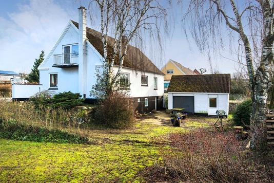 Villa på Tårsvej i Sindal - Set fra haven