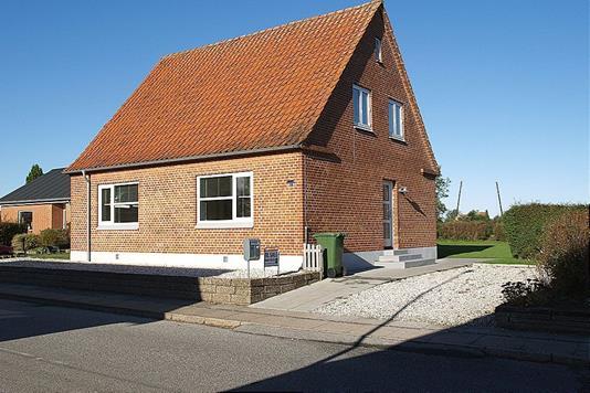 Villa på Vrængmosevej i Østervrå - Facade