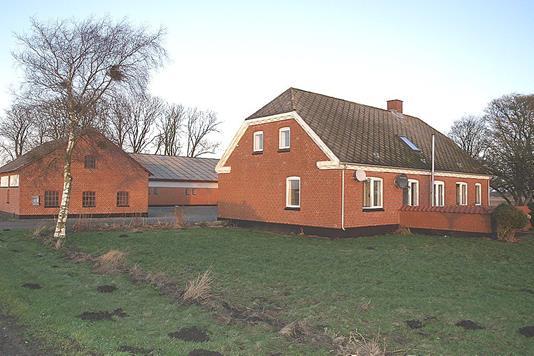 Landejendom på Hvidkildevej i Dronninglund - Andet