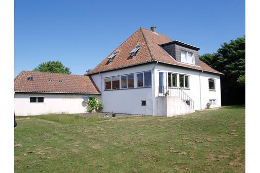 Villa på Stenhøjvej i Frederikshavn - Hus