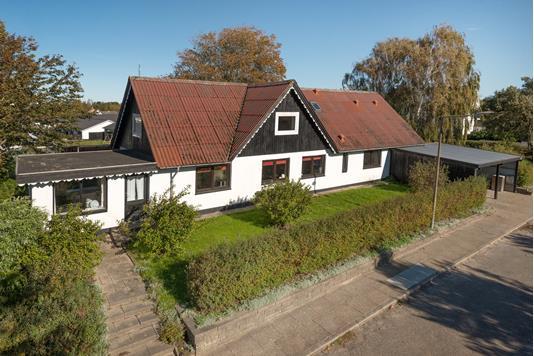 Villa på Søholmvej i Tårs - Ejendommen