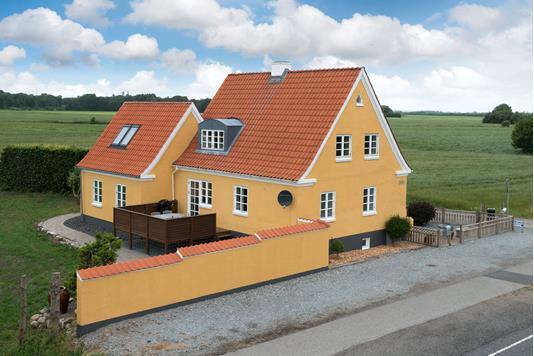 Villa på Ålborgvej i Dybvad - Ejendommen