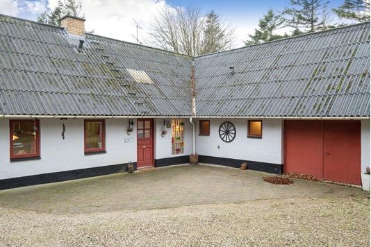 Landejendom på Sønder Klarupvej i Tårs - Ejendommen