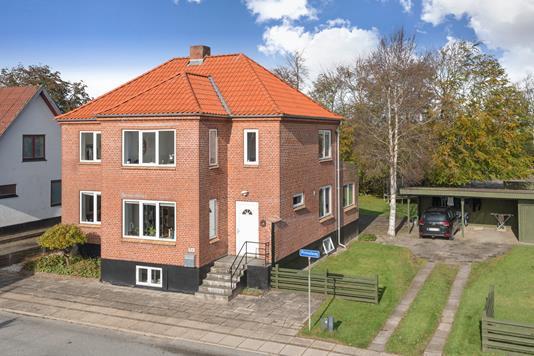 Villa på Primulavej i Østervrå - Ejendommen