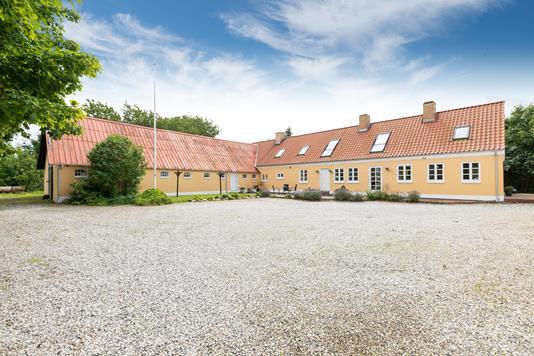 Landejendom på Lysholtvej i Tårs - Ejendommen