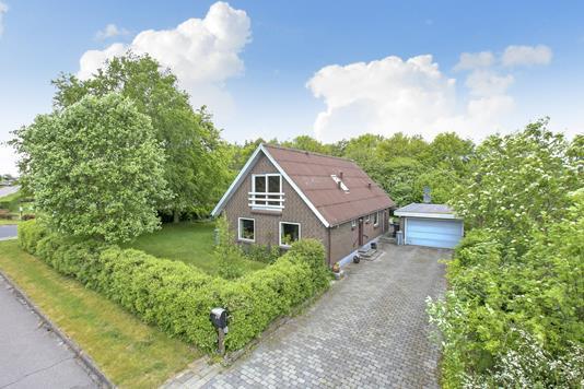 Villa på Møllevænget i Hadsten - Mastefoto