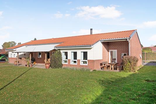 Villa på Ellekærparken i Hornslet - Ejendom 1