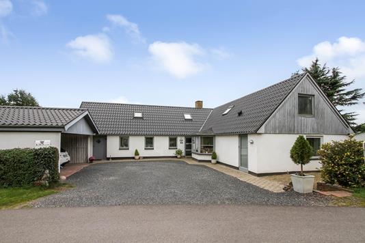 Villa på Hovgårdvej i Hornslet - Ejendommen