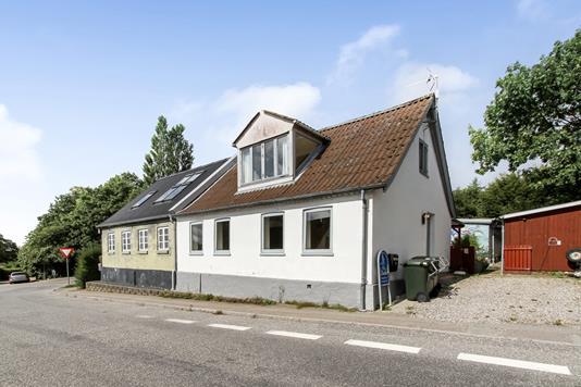 Villa på Thorsagervej i Mørke - Ejendommen