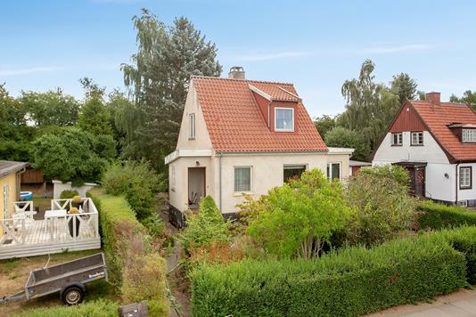 Villa på Søndervigvej i Vanløse - Set fra vejen