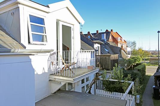 Villa på Strandvejen i Charlottenlund - Ejendommen