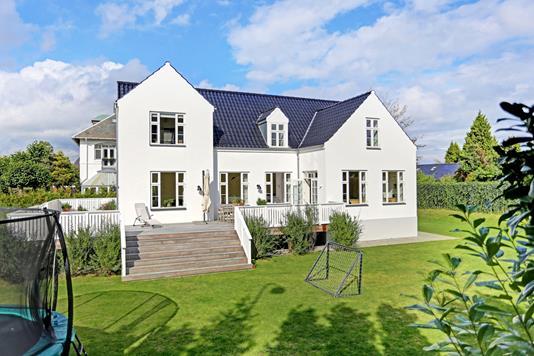 Villa på Hartmannsvej i Hellerup - Ejendommen