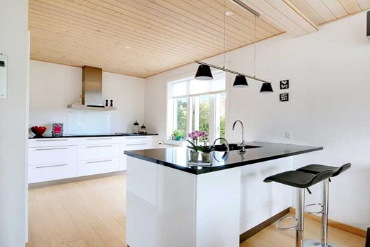 Villa på Ved Bommen i Gentofte - køkken