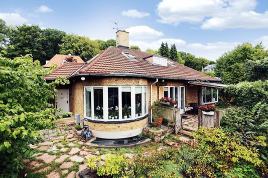 Villa på Dyrehavevej i Klampenborg - Ejendommen