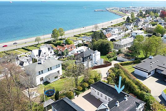 Villa på Rosavej i Klampenborg - Luftfoto