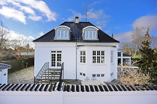 Villa på Morgenvej i Hellerup - Ejendommen