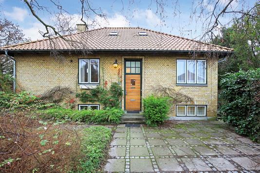 Villa på Østerlarsvej i Kastrup - Ejendommen