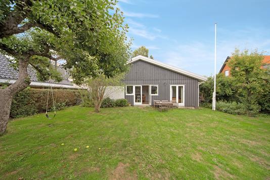 Villa på Brattingsborgvej i Kastrup - Have