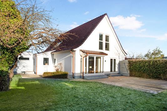 Villa på Ingstrup Alle i Kastrup - Ejendom 1