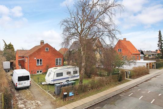 Villa på Olymposvej i København S - Ejendommen
