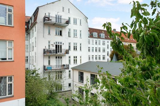Ejerlejlighed på Vesterbrogade i København V - Ejendommen