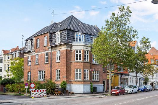 Villa på Amagerbrogade i København S - Ejendommen