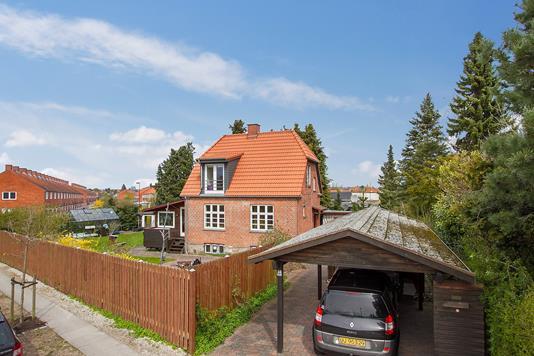 Villa på Bjernedevej i Brønshøj - Ejendommen