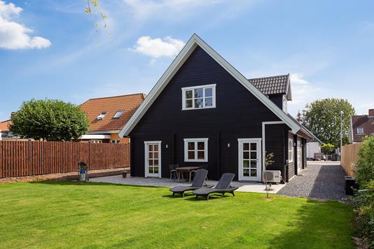Villa på Augustvej i Søborg - Set fra haven