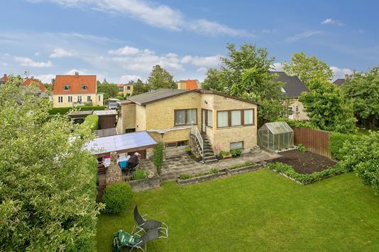 Villa på Stenmaglevej i Brønshøj - Set fra haven