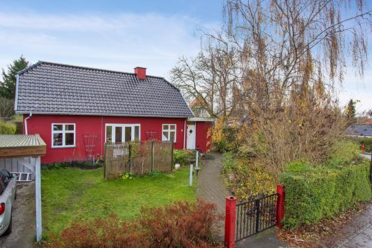 Villa på Elverhøjen i Herlev - Set fra vejen