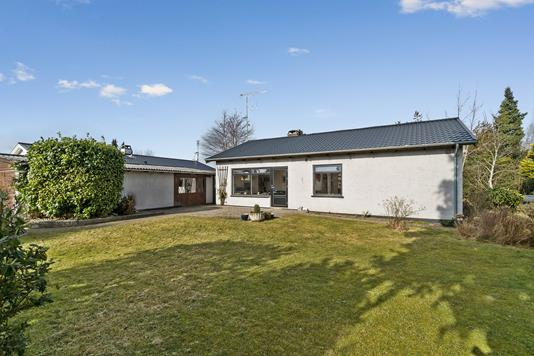 Villa på Ejbyvej i Skovlunde - Set fra haven
