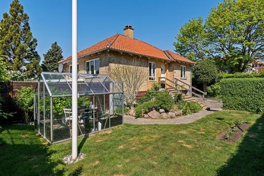 Villa på Glumsøvej i Brønshøj - Set fra haven