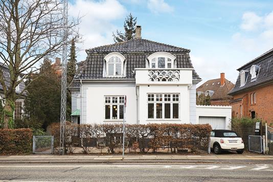 Villa på Nyelandsvej i Frederiksberg - Ejendommen