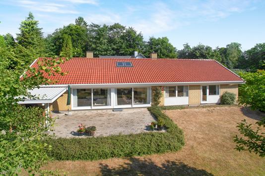 Villa på Attemosevej i Holte - Ejendom 1